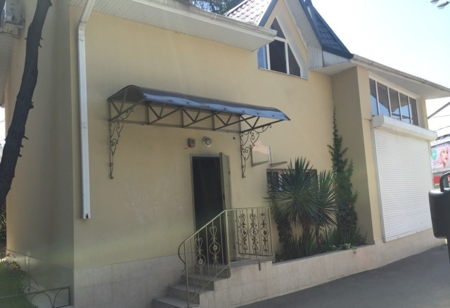 Продается двух этажное здание, на Макаренко, Сочи