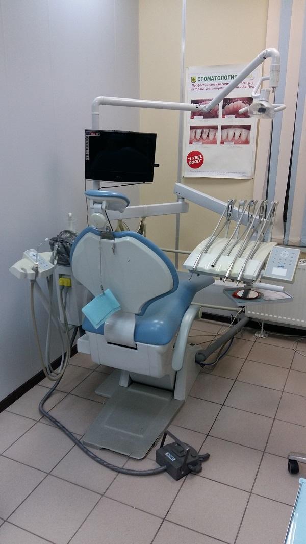 Стоматологическое кресло продам