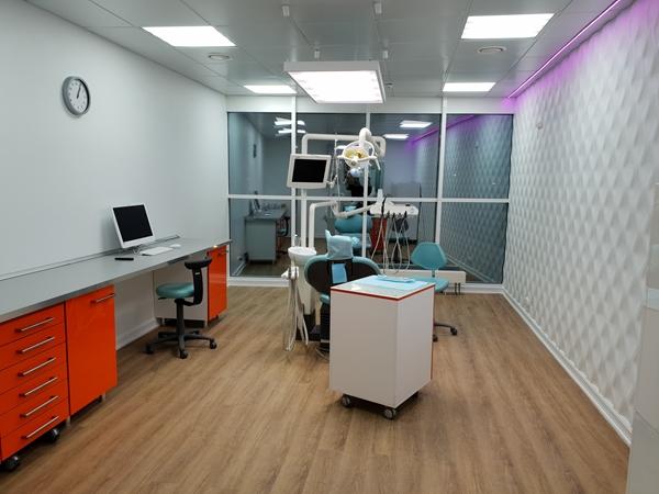 Врач стоматолог (аренда кабинета м.Технопарк)
