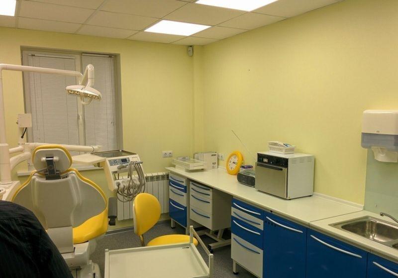 Сдается посменно стоматологический кабинет