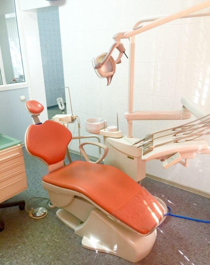 Продается готовый бизнес: стоматология (4 установки)