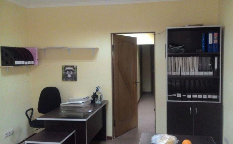 Сдается помещение под офис, медцентр, стоматологию, салон, 90 м²