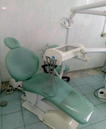 Продаются стоматологические установки и компрессор