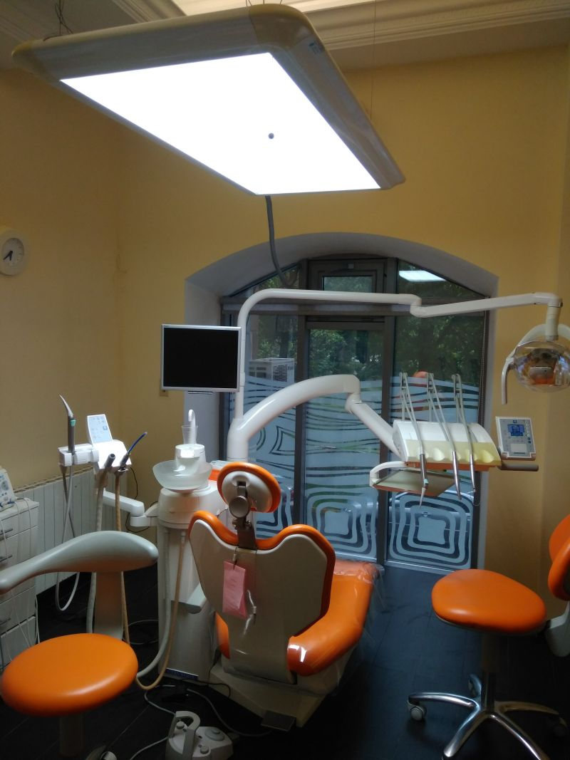 Сдам в аренду стоматологический кабинет в клинике. Войковская 2 мин.