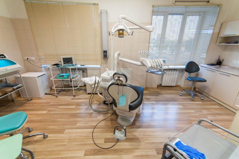 Сдам стоматологический кабинет под хирургию